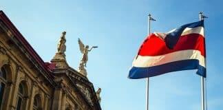 Costa Rica: Proyecto de ley quiere volver más caro dejar de fumar vapeando
