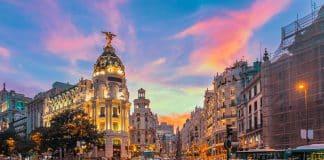 Vapor ambiental: hay más tóxicos en el aire de Madrid que en un cigarrillo electrónico
